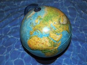 map-of-the-world-603570_640